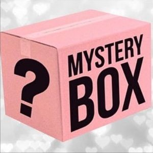 Sweaters and Tops Mystery Box size medium